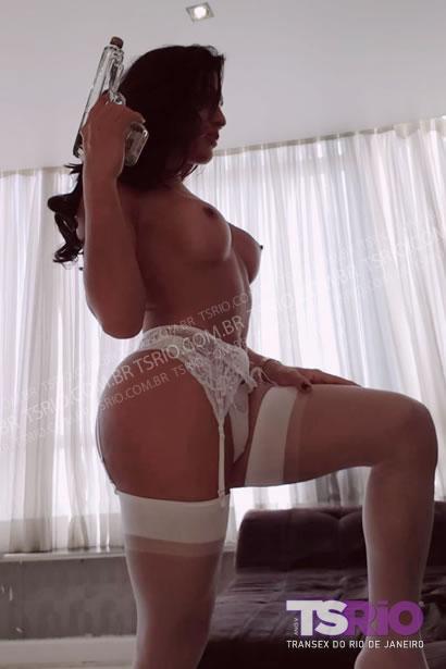 Bya Lessa